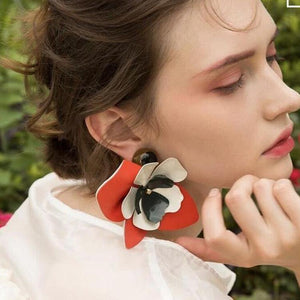 Elegant Leather Flower Earrings