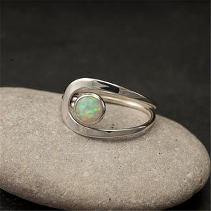 Opal Stone Engagement Rings for Jewelry