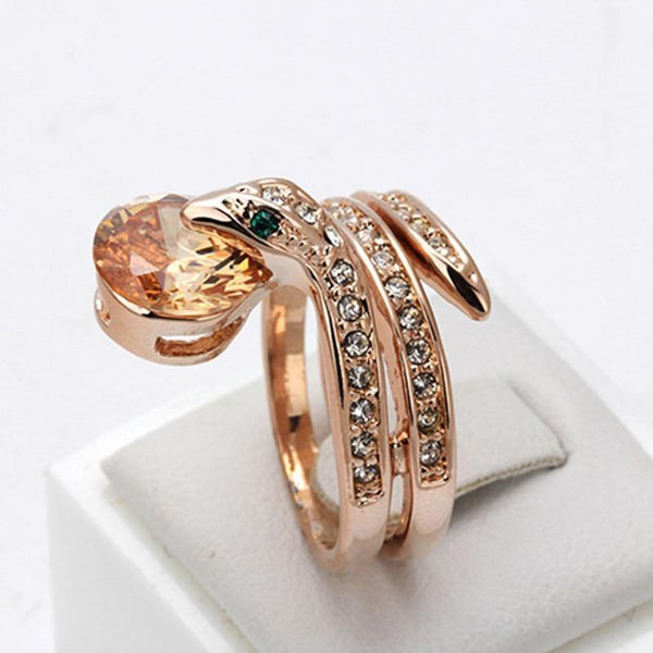 Fashion Jewelry Top Quality Rose Gold Austrian Crystal Snake Animal Cubic Zirconia Love Rings