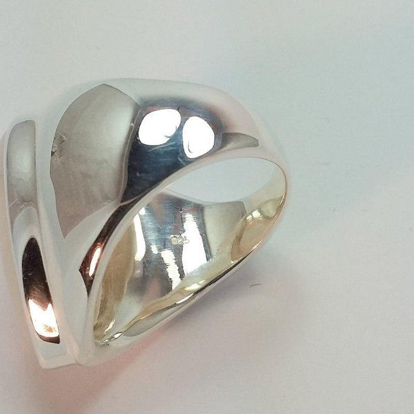 Moonstone Vintage Water Drop White Stone Female Fashion Ring