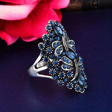 Load image into Gallery viewer, Vintage Big Hollow Blue Rhinestone Dragonfly Rings