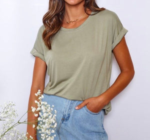 LITTLE LIES | Rolled Sleeve Tee Khaki