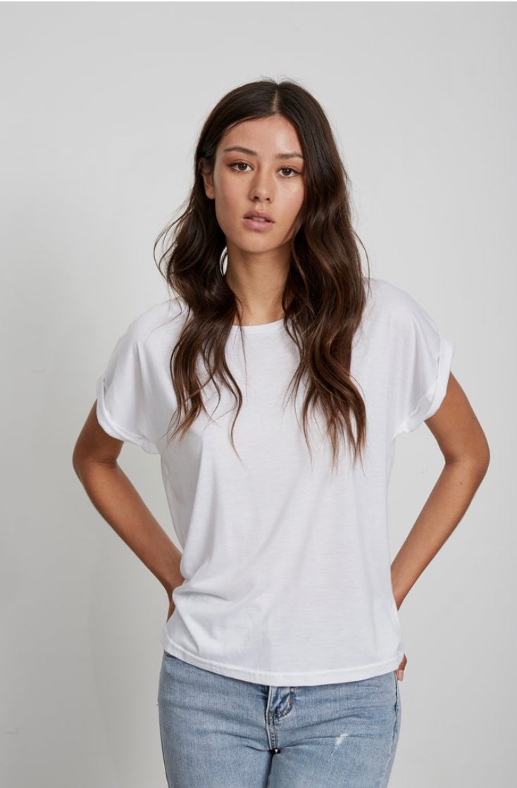 LITTLE LIES | Roll Sleeve Tee White