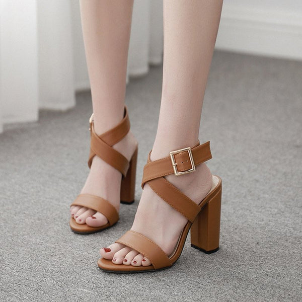 Chunky Heel Buckle Ankle Strap Open Toe Plain Casual Sandals