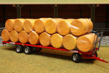 Load image into Gallery viewer, Rep011 Replicagri Maupu Trailer With 30 Round Bales Tractors And Machinery (1:32 Scale)