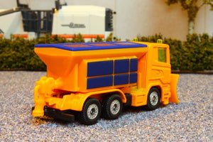 1309 Siku 187 Scale Truck With Snow Plough And Salt Spreader Tractors And Machinery (1:87 Scale)