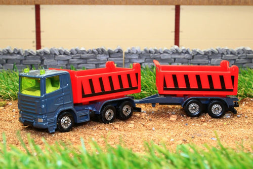 1685 SIKU 187 SCALE TIPPER TRUCK WITH TIPPING TRAILER
