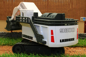 1798 Siku 187 Scale Liebherr R900 Mining Excavator Tractors And Machinery (1:87 Scale)