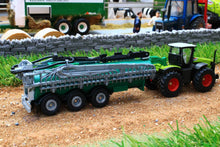 Load image into Gallery viewer, 1827 SIKU 187 SCALE CLAAS XERION WITH SLURRY TANKER