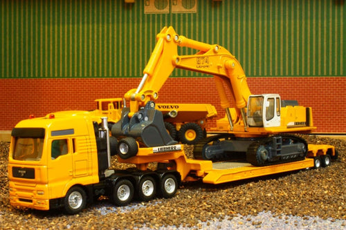 1847 SIKU 187 SCALE MAN LOW LOADER WITH LIEBHERR EXCAVATOR