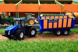 1947 SIKU 150 SCALE NEW HOLLAND TRACTOR WITH SILOSPACE SILAGE TRAILER