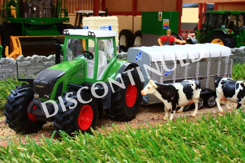 1956 SIKU 150 SCALE FENDT TRACTOR WITH CATTLE TRAILER & 2 COWS