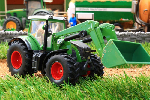 1981 SIKU 1:50 SCALE FENDT TRACTOR WITH LOADER