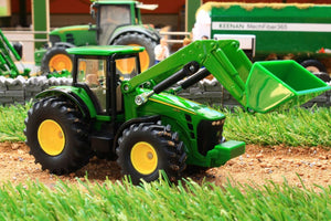 1982 SIKU 150 SCALE JOHN DEERE TRACTOR WITH FRONT LOADER