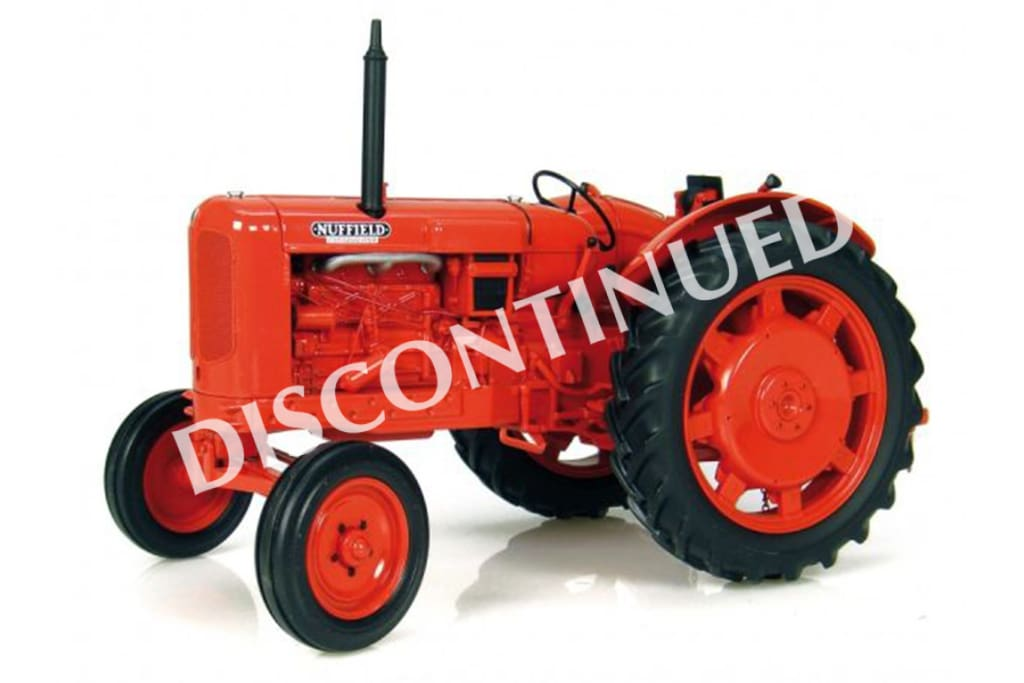 UH2715 Universal Hobbies Nuffield Universal Four DM 1958 Tractor in 1:16 Scale