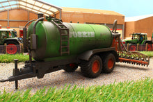 Load image into Gallery viewer, 2270(w) WEATHERED SIKU JOSKIN SLURRY TANKER WITH INJECTOR
