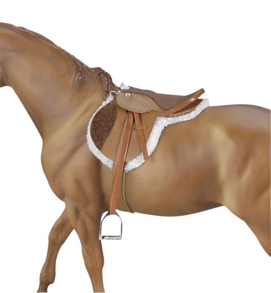 BR2464 Breyer Traditional 1:9 scale - Devon Hunt Seat Saddle