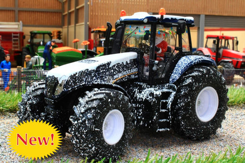 3220 SIKU NEW HOLLAND T8.390 4WD TRACTOR SPECIAL CHRISTMAS EDITION WITH SNOW EFFECT AND FATHER CHRISTMAS DRIVER