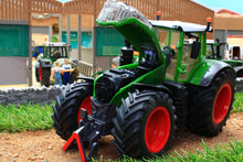Load image into Gallery viewer, 3287 SIKU FENDT 1050 VARIO TRACTOR