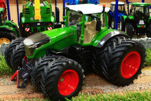 Load image into Gallery viewer, 3289 Siku Fendt 1042 Vario Tractor With Dual Wheels Tractors And Machinery (1:32 Scale)