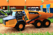 Load image into Gallery viewer, 3506 SIKU JOHN DEERE ARTICULATED DUMPER TRUCK (1:50 Scale)