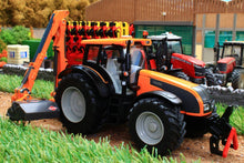 Load image into Gallery viewer, 3659 Siku Valtra Tractor with Hedge Trimmer