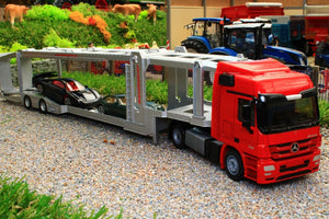 3934 SIKU 150 SCALE MERCEDES BENZ ACTROS LORRY CAR TRANSPORTER WITH TWO CARS