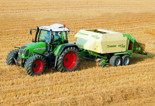 Greetings Card - Fendt Tractor & Baler