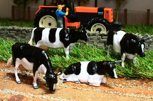 40961 Britains Friesian Cattle Assortment 2