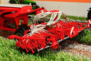 Uh4128 Universal Hobbies Kuhn Tt Planter 3500 2014 Tractors And Machinery (1:32 Scale)