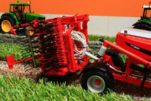 Load image into Gallery viewer, UH4128 UNIVERSAL HOBBIES KUHN TT PLANTER 3500 2014