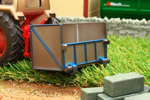 43109A1 WEATHERED Britains Tractor Link Box