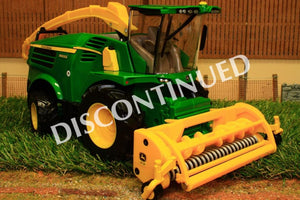 43198 Britains John Deere 8600 Self-Propelled Forage Harvester With Grass And Maize Headers!