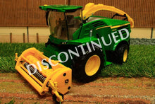 Load image into Gallery viewer, 43198 Britains John Deere 8600 Self-Propelled Forage Harvester With Grass And Maize Headers!
