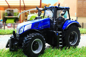 43216 BRITAINS NEW HOLLAND T8.435 TRACTOR
