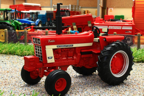 43294 Britains Case International Harvester Farmall 1066 Tractor