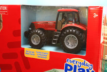 Load image into Gallery viewer, 47019 BRITAINS FARM SHED, ANIMALS AND CASE TRACTOR PLAY SET