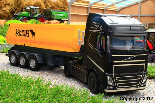 6731 + 6734 SIKU RADIO CONTROLLED VOLVO FH16 LORRY WITH BLUETOOTH APP CONTROL VIA YOUR  SMART PHONE AND SCHMITZ CARGO BULL 3 AXLE TRAILER