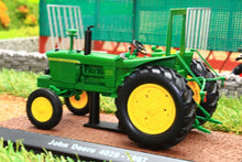 Load image into Gallery viewer, 7517009 Atlas 132 Scale John Deere 4020 Tractor 1967 Tractors And Machinery (1:32 Scale)