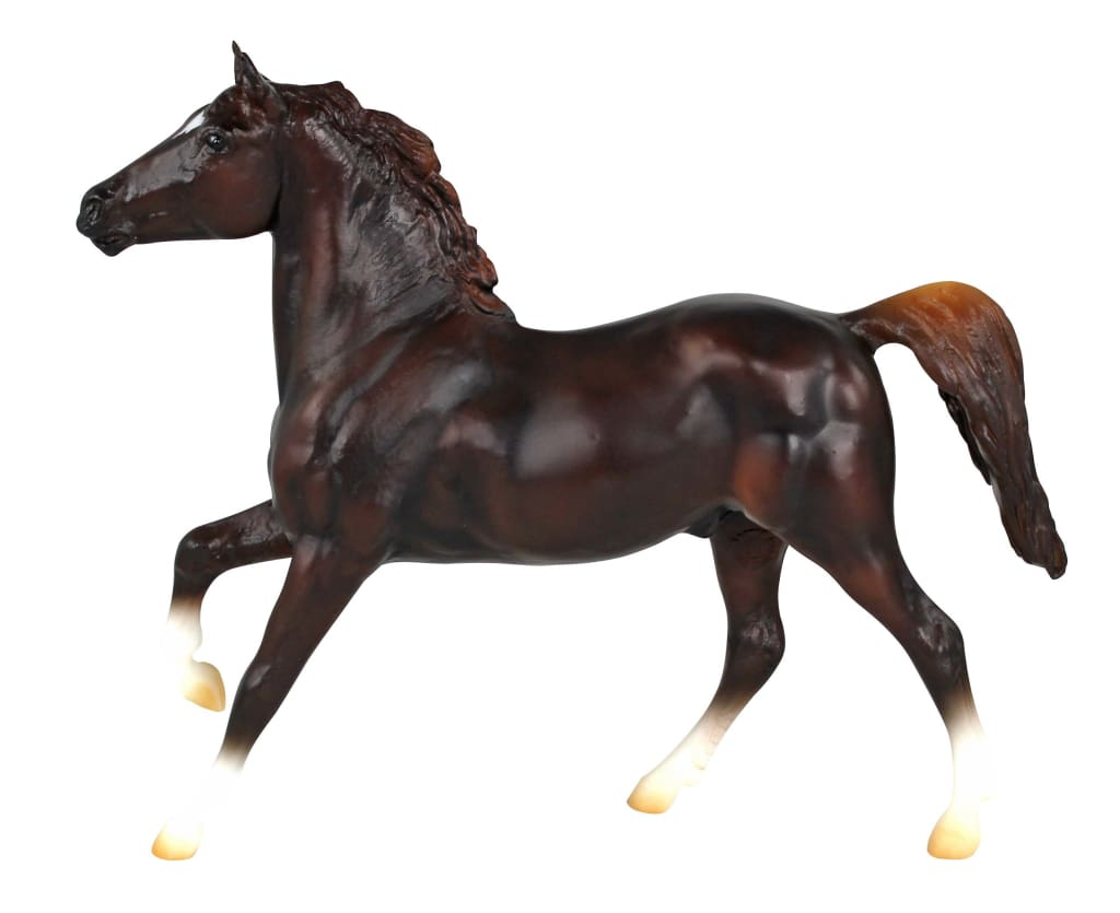 BR924 Breyer Classic Singles Chestnut Sport Horse (1:12 Scale)