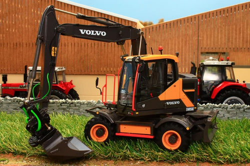 AT3200100 AT COLLECTIONS 132 SCALE VOLVO EWR 150E WHEELED EXCAVATOR