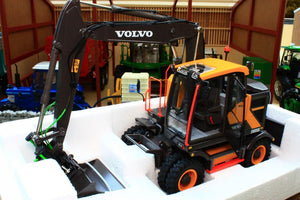 At3200101 At Collections Volvo Ewr 150E Wheeled Excavator Tractors And Machinery (1:32 Scale)