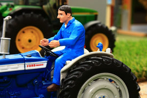 AT32139 AT COLLECTIONS RUSSELL FIGURE DRIVING TRACTOR