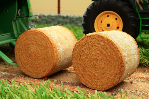 At32501 At Collections 2 X Round Hay Bales Farming Accessories And Diorama Dept