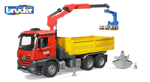 B03651 BRUDER MERCEDES BENZ CONSTRUCTION TRUCK AND CRANE