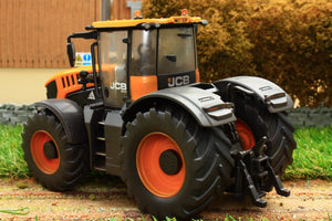 43206(W) Weathered Britains Jcb Fastrac 8330 Tractor Weathered Models (1:32 Scale)