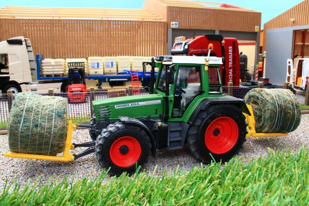 BEV015 BEVRO REAR-FRONT MOUNTED ROUND BALE CARRIER