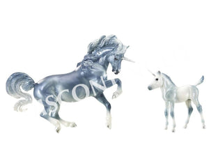 BR1818 Breyer Unicorn Mare and Foal Set - Cascade and Caspian