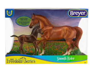 BR62209 SMOOTH RIDER PASCO FINO MARE AND FOAL FREEDOM SERIES