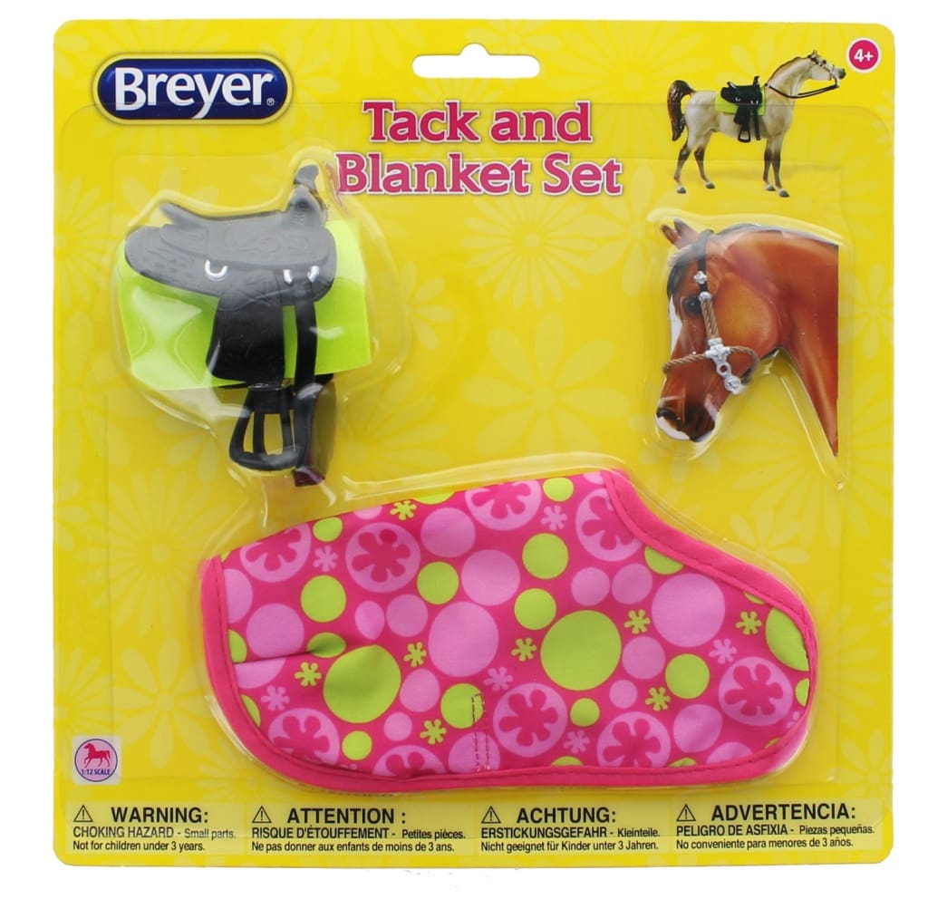 BR66116 Breyer Classics Tack and Blanket Set (1:12 scale)